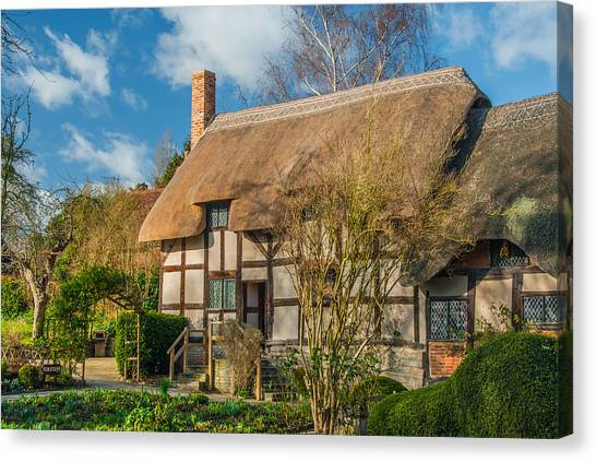 Anne Hathaways Cottage Canvas Print by David Ross