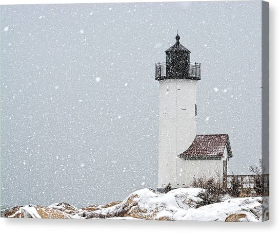 Canvas Print featuring the photograph Annisquam Light-snow Storm 2 by Michael Hubley