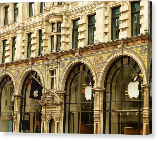 Apple On Regent Street Canvas Print