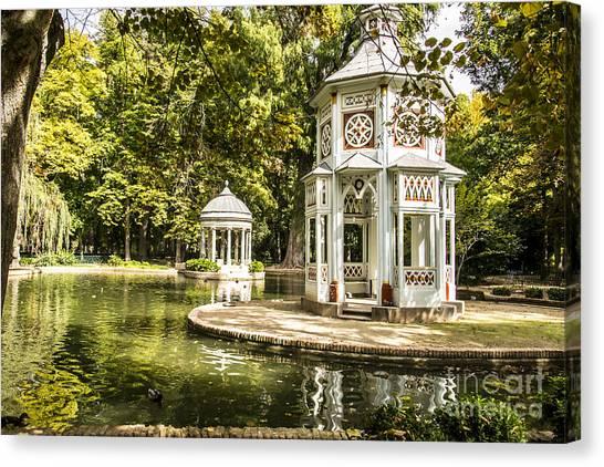 Aranjuez Park Lake Canvas Print
