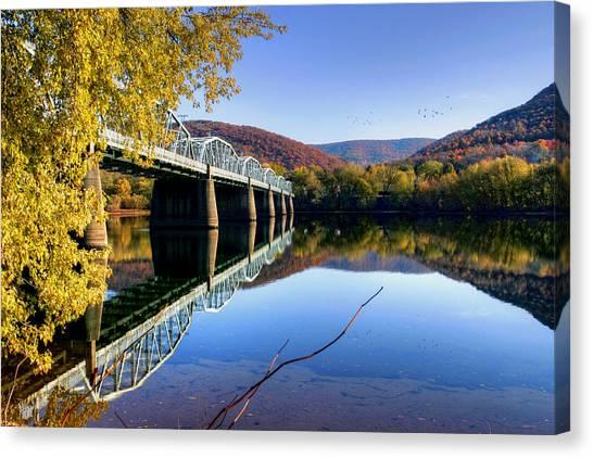 Arch Street Bridge In Autumn Canvas Print
