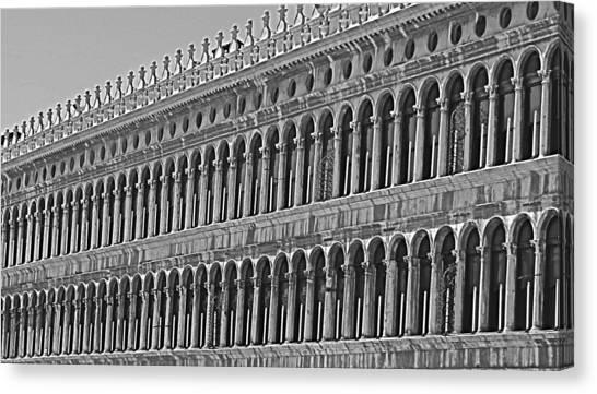 Arches And Columns In Piazza San Marco Canvas Print