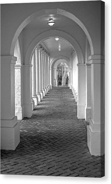 Arches At The Rotunda At University Of Va 2 Canvas Print