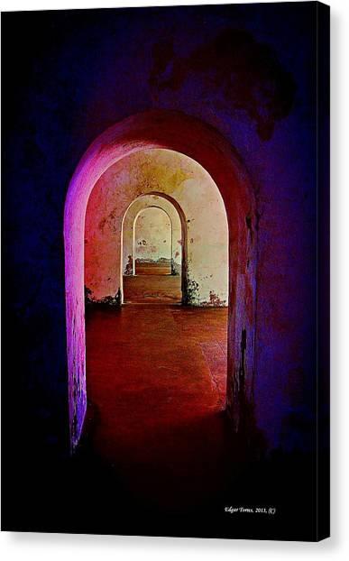 Arcos Canvas Print
