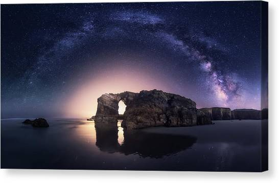 Beach Cliffs Canvas Print - Arcos Naturales by Carlos F. Turienzo