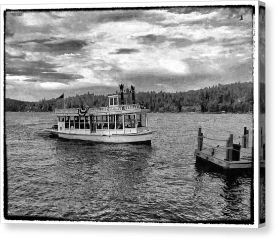 Arrowhead Queen Paddlewheel Boat Canvas Print