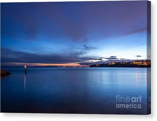 As The Night Sets In - By Sabine Edrissi Canvas Print