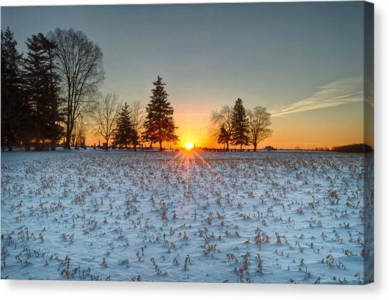 Canvas Print featuring the photograph At First Light by Garvin Hunter