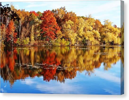 Autumn At Horn Pond Canvas Print