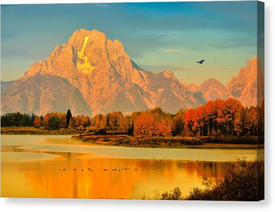 Canvas Print featuring the photograph Autumn Dawn At Oxbow Bend by Greg Norrell