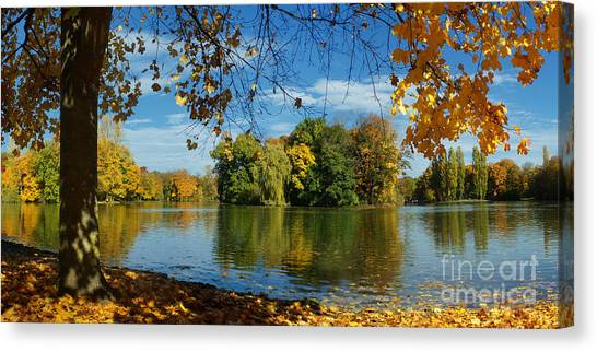 Autumn In The Park 2 Canvas Print