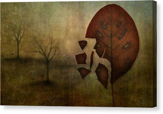 Autumn Leaves Canvas Print - Autumn by Lotte Andersen