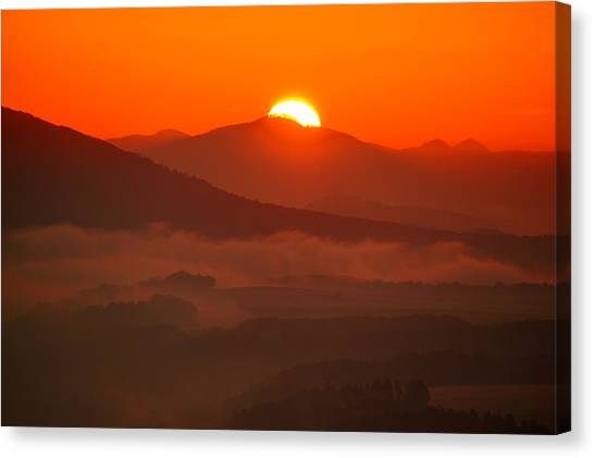Autumn Sunrise On The Lilienstein Canvas Print