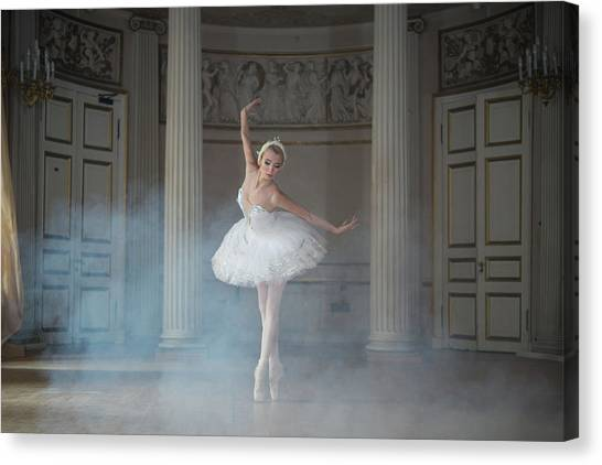 Retro Canvas Print - Ballerina by Michal Greenboim