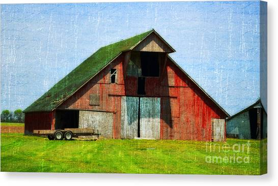 Barn - Central Illinois - Luther Fine Art Canvas Print