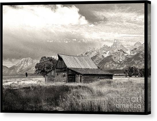 Barn In The Tetons Canvas Print by Robert Kleppin