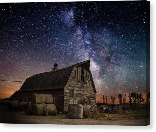 Barn Iv Canvas Print