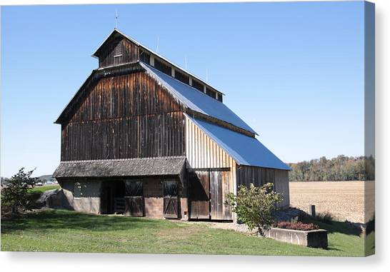 Barn On Hawkins Road Canvas Print