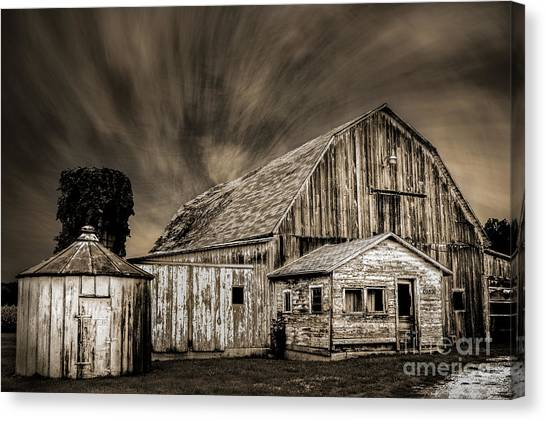 Barn On Hwy 66 Canvas Print