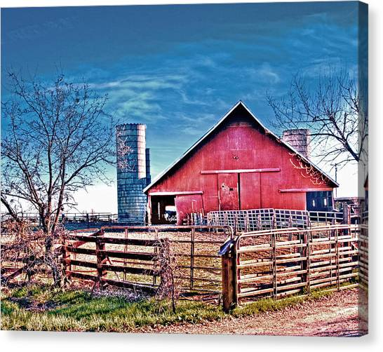 Canvas Print featuring the photograph Barn With Silos by William Havle