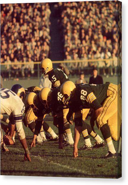 Los Angeles Rams Canvas Print - Bart Starr In Action by Retro Images Archive