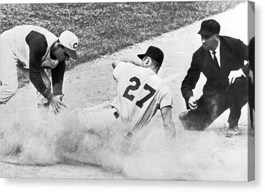 Cincinnati Reds Canvas Print - Baseball Runner Out At Third by Underwood Archives