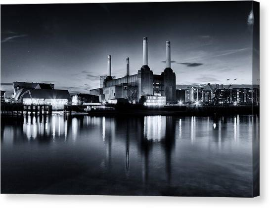 Pink Floyd Canvas Print - Battersea Blues by Ian Hufton