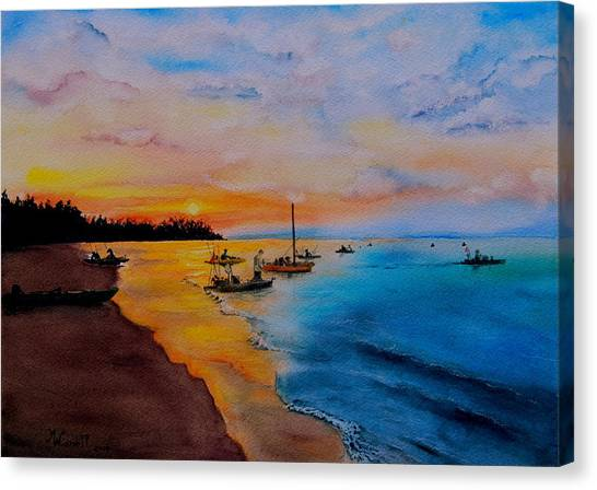 Battle In The Bahamas Canvas Print by Martine Wardill