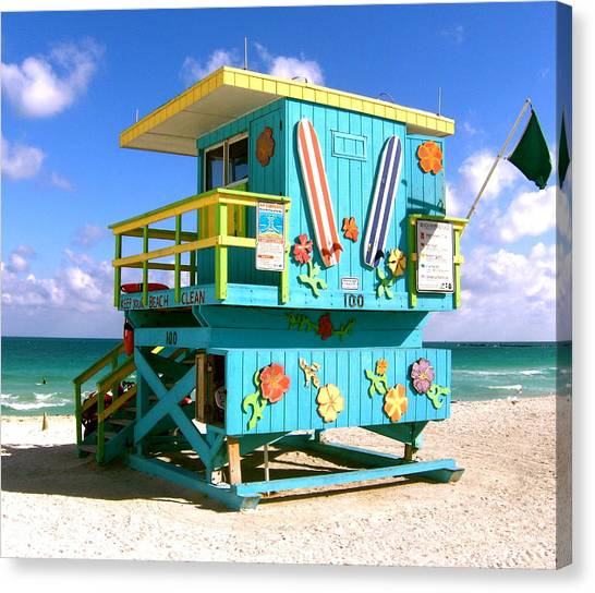 Beach Life In Miami Beach Canvas Print