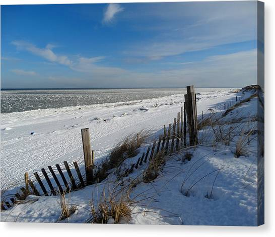 Beach On A Winter Morning Canvas Print