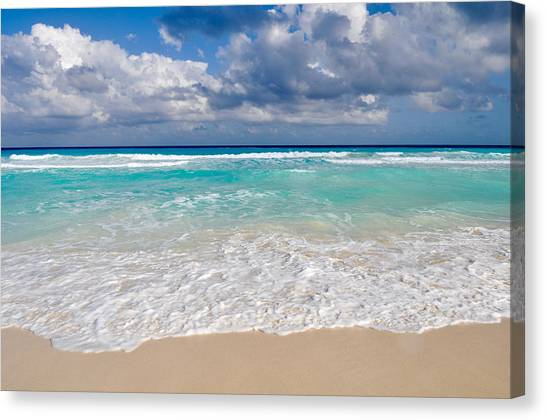 Beautiful Beach Ocean In Cancun Mexico Canvas Print