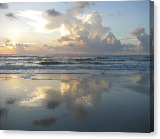 Beautiful Beach Sunrise Canvas Print