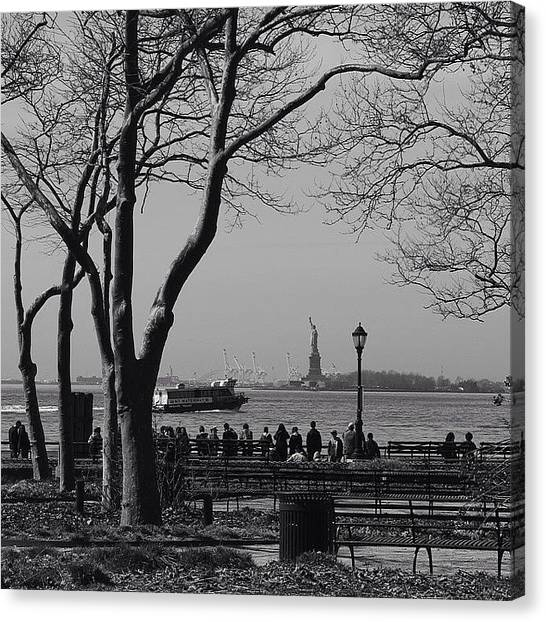 Statue Of Liberty Canvas Print - Fall At Battery Park by Donna Howton