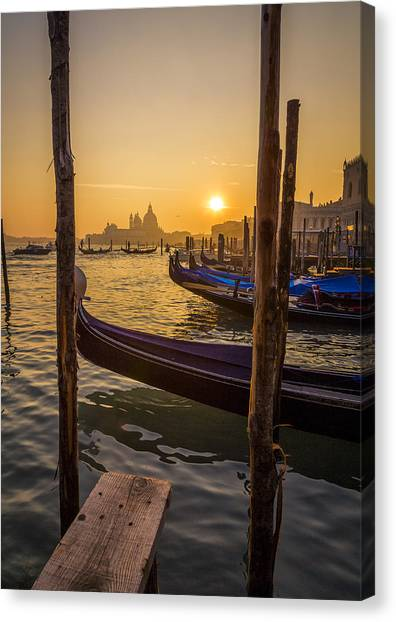 Beautiful Sunset In Venice Canvas Print by Francesco Rizzato