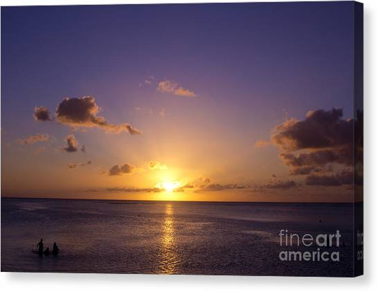 Beautiful Tropical Island Sunset On The Beach In Guam Canvas Print