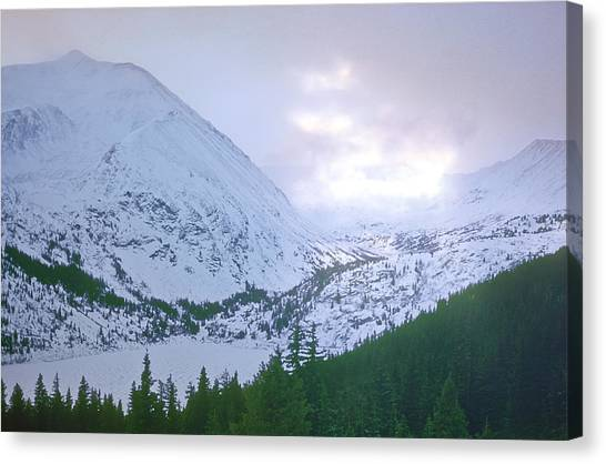 Beauty Of The Rockies Canvas Print