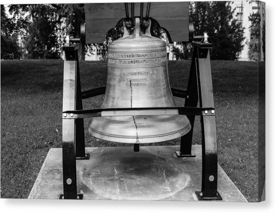 Bell At Tn State Capitol Canvas Print