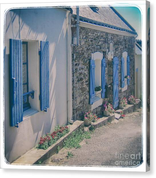 Belle-ille Street Canvas Print