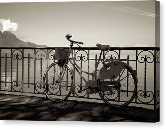 Bicycle Basket Fence Canvas Print