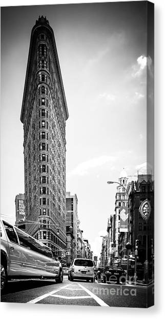 Big In The Big Apple - Bw Canvas Print