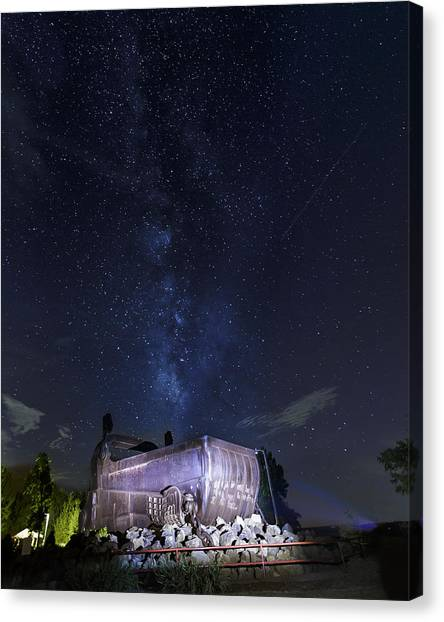 Big Muskie Bucket Milky Way And A Shooting Star Canvas Print