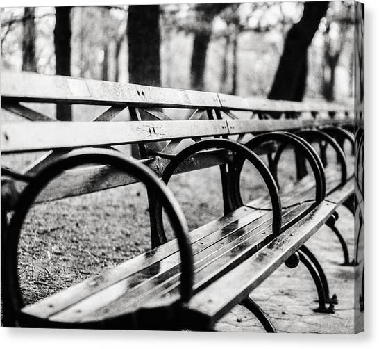 Black And White Central Park Bench In New York City Canvas Print by Lisa Russo
