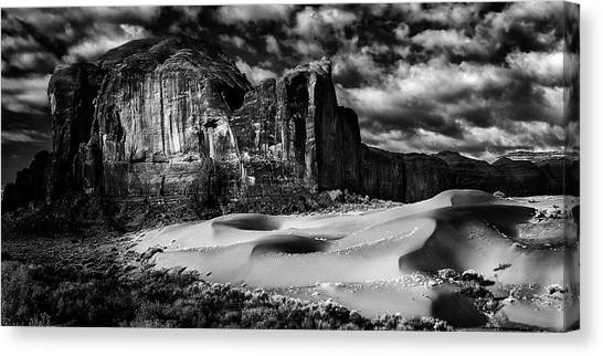 Black And White Sands At Monument Valley Canvas Print