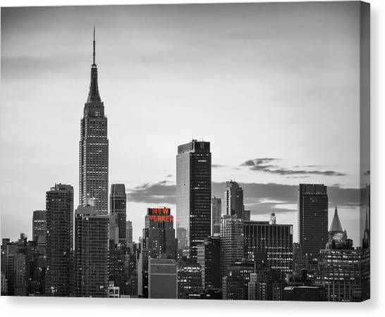 Black And White Version Of The New York City Skyline With Empire Canvas Print