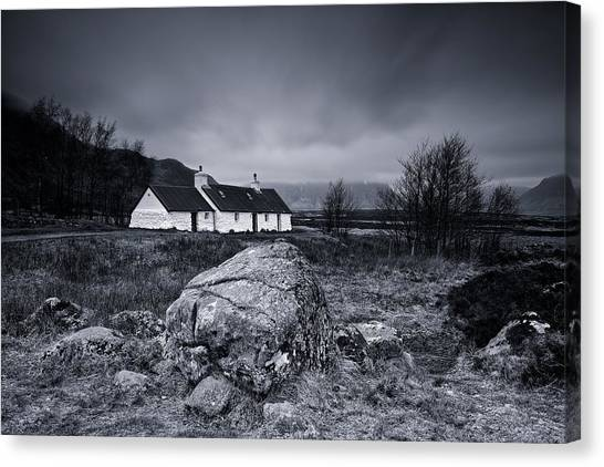 Black Rock Cottage - Glencoe Canvas Print