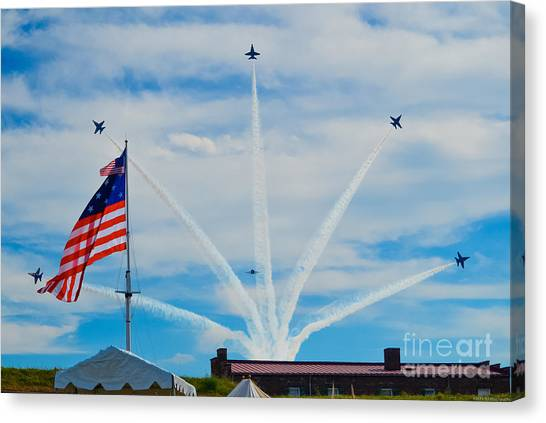 Blue Angels Bomb Burst In Air Over Fort Mchenry Finale Canvas Print