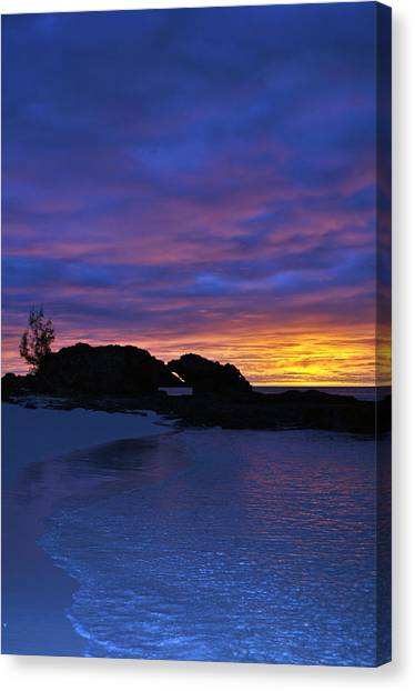 Skylines Canvas Print - Blue Sunset by Ernesto Cinquepalmi