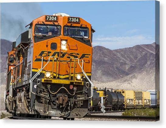 Bnsf In Ludlow, California Canvas Print