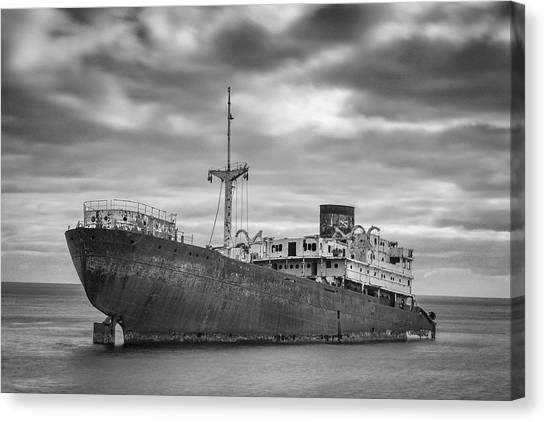 Long Exposure Canvas Print - Boat by Andreas Bauer