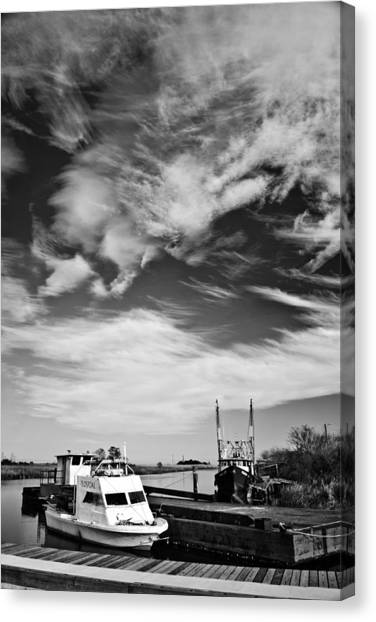Boats And Sky Bw Canvas Print